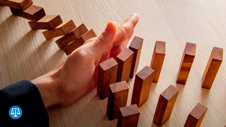Three dimensions of U.S. economic risk